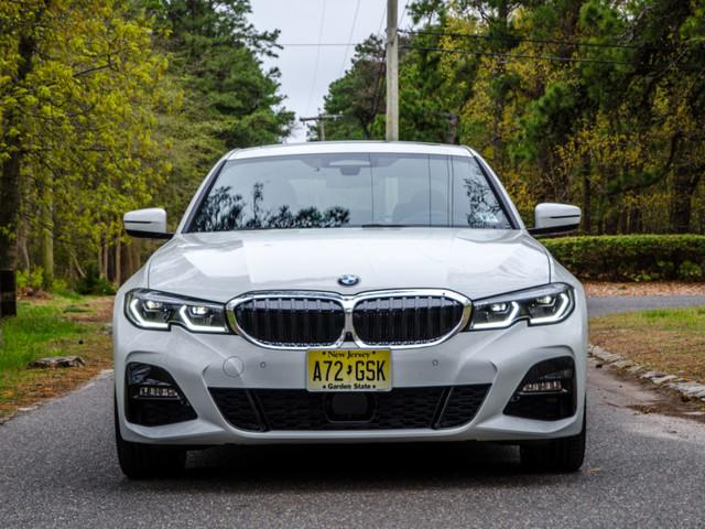 TEST DRIVE: 2019 BMW 330i xDrive — Long Live the King