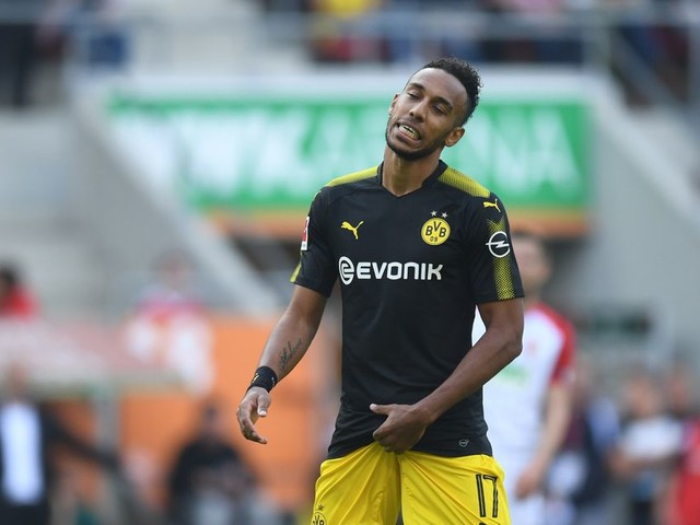 Borussia Dortmund ready to delay Pierre-Emerick Aubameyang deal until summer - unless Arsenal include Olivier Giroud