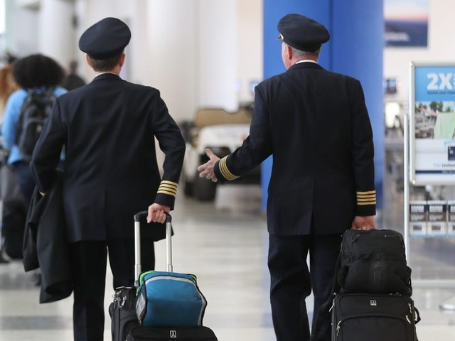 United Airlines avoids furloughing 3,900 pilots, but 12,000 others will lose their jobs unless Congress extends the CARES Act (UAL)