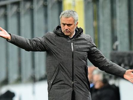 Mourinho blasts 'sloppy' United