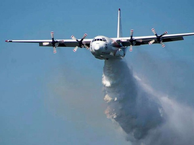 3 Americans killed in crash of water tanker plane fighting Australian wildfires