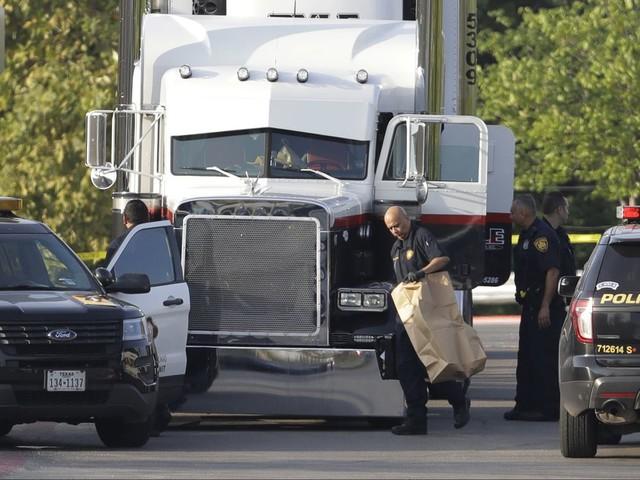 Nine dead in San Antonio after dozens of migrants found in sweltering trailor outside Walmart