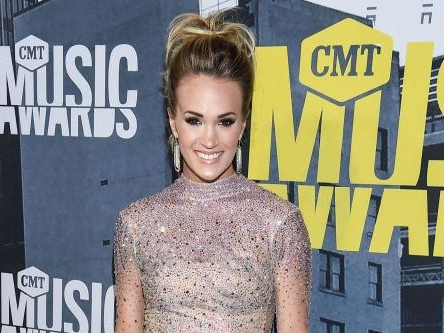 Carrie Underwood is struggling with weight loss