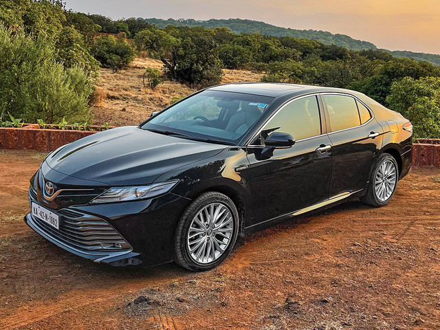 Review: Toyota Camry long term review, first report