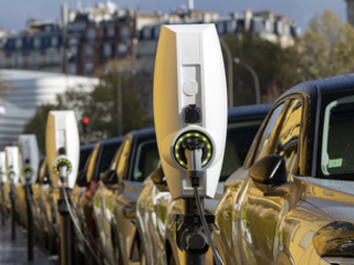 Electric vehicles cruise past 500,000 milestone, but market decelerates in April following cut to plug-in car grant