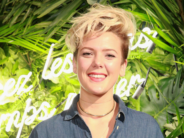 Singer Betty Who Is Engaged to Zak Cassar - See Her Ring!