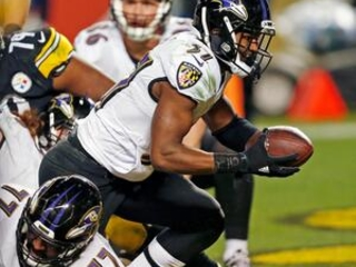 The Latest: Ravens rally to take lead over reeling Steelers