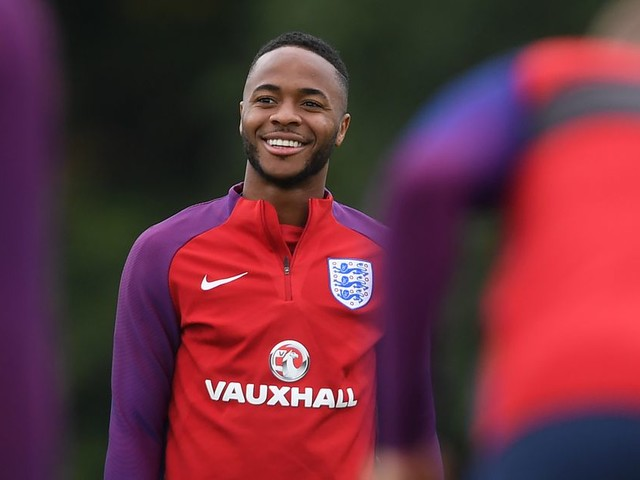 Chelsea and Arsenal ready to battle for Raheem Sterling if and when Manchester City decide to sell — report