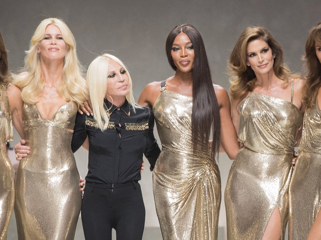 Cindy Crawford, Naomi Campbell, & More Legendary Models Stage Epic Versace Show Moment!