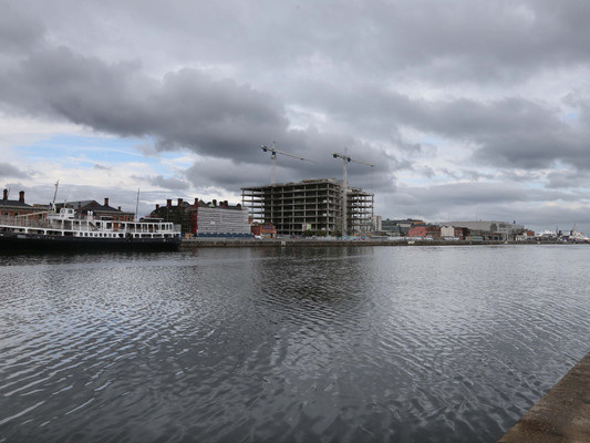 Investigation launched into sudden death of man (40s) in dockland workplace incident