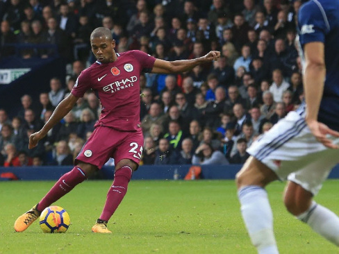 Guardiola encouraged as Man City maintain lead