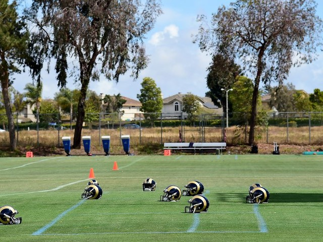 Here's how NFL practice squads work