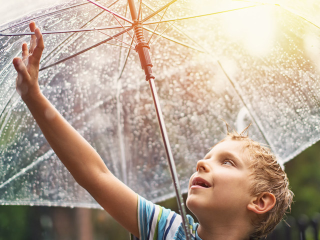 Met Office Forecasts Sunshine And Showers For UK Bank Holiday Weather
