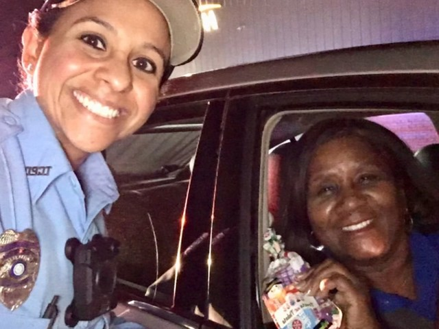 Texas City officers play Santa, give drivers treats instead of tickets