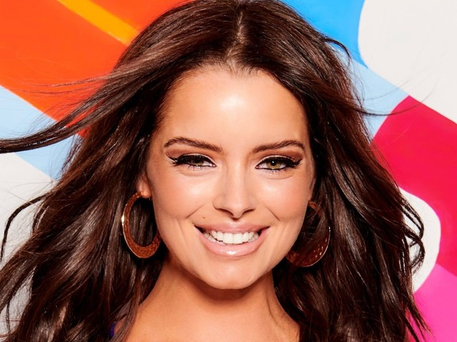 How old is Maura Higgins? Love Island girl who is in a new romance with Curtis Pritchard