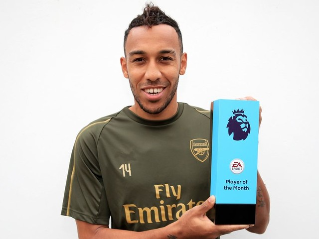 Pierre-Emerick Aubameyang scoops Premier League player of the month for September