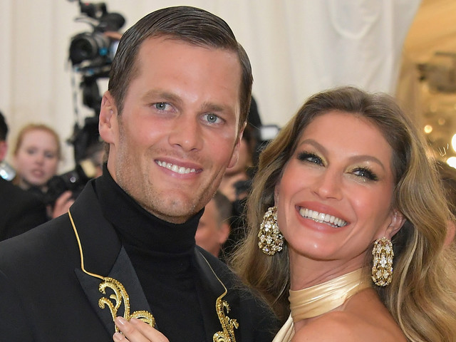 Gisele Bundchen Celebrates Tom Brady & New England Patriots Heading to Super Bowl 2019!
