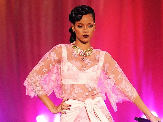 See Every Single Pink Outfit Rihanna Has Ever Worn