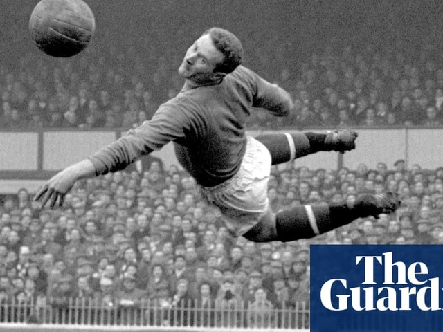 Harry Gregg, Manchester United and Northern Ireland great, dies aged 87