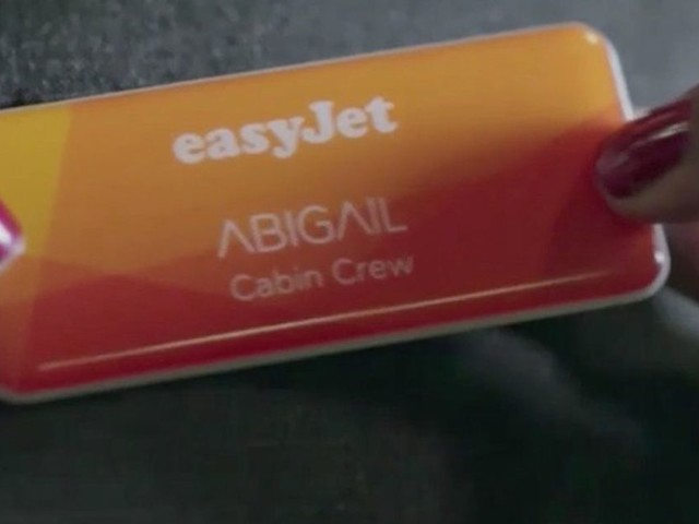 The surprisingly easy physical test you need to take to join EasyJet's cabin crew