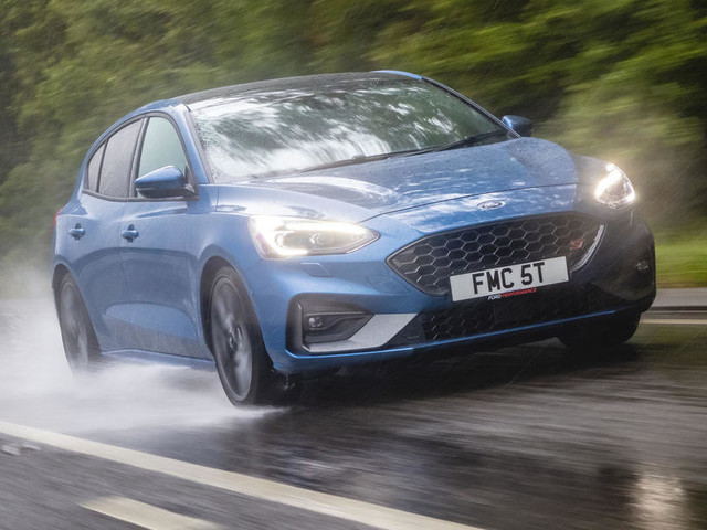 Ford Focus ST 2019 UK review