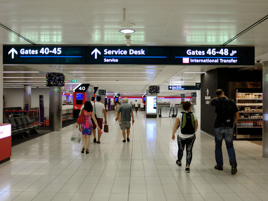 Australia lifts international travel ban for citizens