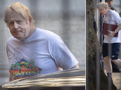 Boris Johnson dons Philippines holiday T-shirt