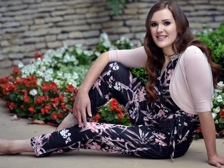 Teenager reverses effects of liver disease on way to slimmer of the year title