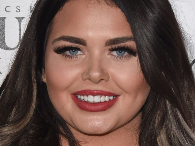 Scarlett Moffatt says 'mean' bouncers turned her away from club for being too short