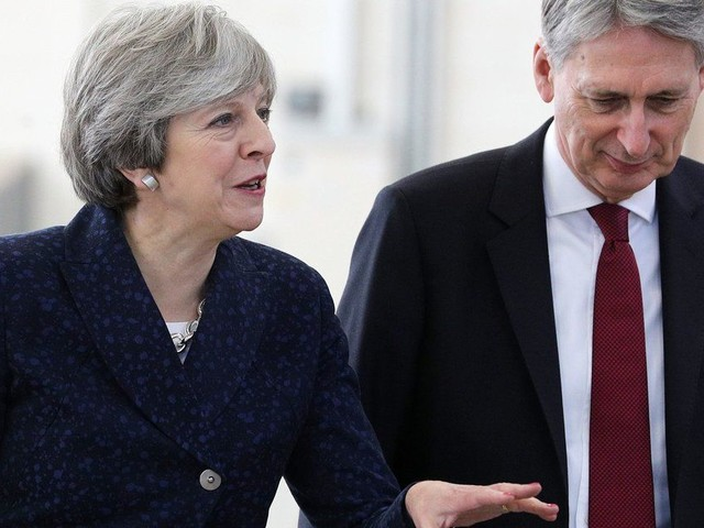 Theresa May's Cabinet Hasn't Discussed What Kind Of Brexit It Wants, Philip Hammond Reveals