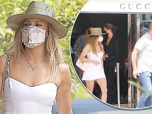 Jennifer Lopez hits Gucci in St. Tropez during break with Ben Affleck