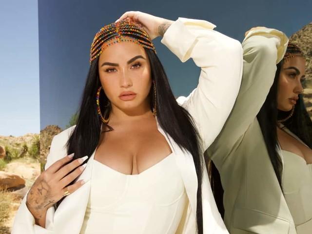 Demi Lovato Signs With UTA