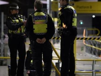 UK police say 'terror' stabbing suspect likely acted alone