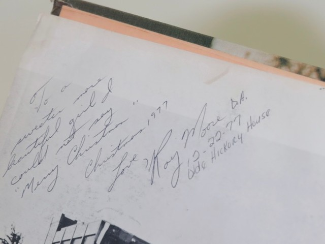 Moore Accuser Says She Did Write Under Yearbook Note but That Expert Confirms She Didn't Forge the Rest of It