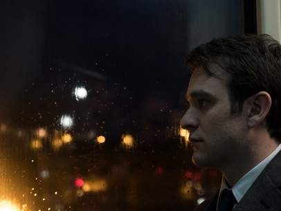 Meet actor Charlie Cox, Matt Murdock/Daredevil in Netflix's Daredevil and Basil in the new based on a true story heist film King of Thieves.