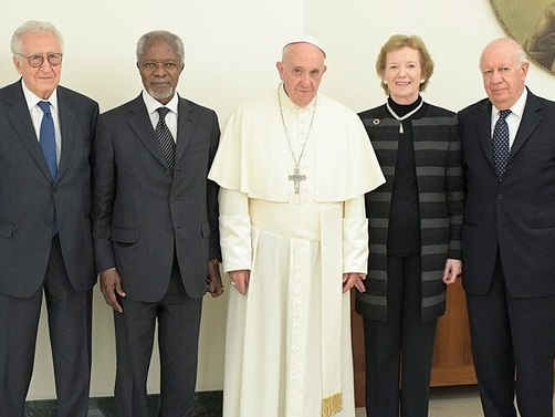 The Elders Stand In Solidarity With Pope Francis On Peace, Refugees, Climate