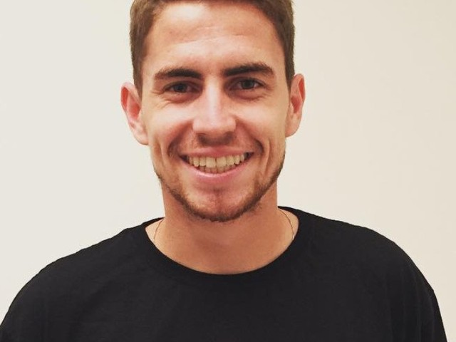 Photo: Jorginho sends message to Chelsea FC supporters after 4-1 win
