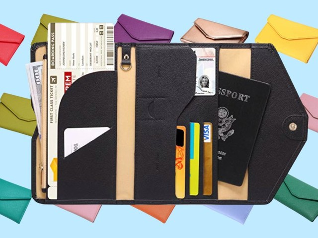 This $14 wallet is my trick to staying organized while traveling — and it can double as a clutch for a night out