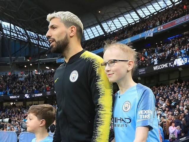 Brave Man City fan who battled brain tumour granted his wish to meet his hero Sergio Aguero