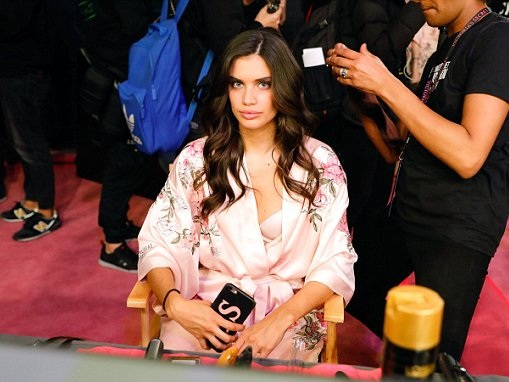 Victoria's Secret Angel Sara Sampaio on her show regime