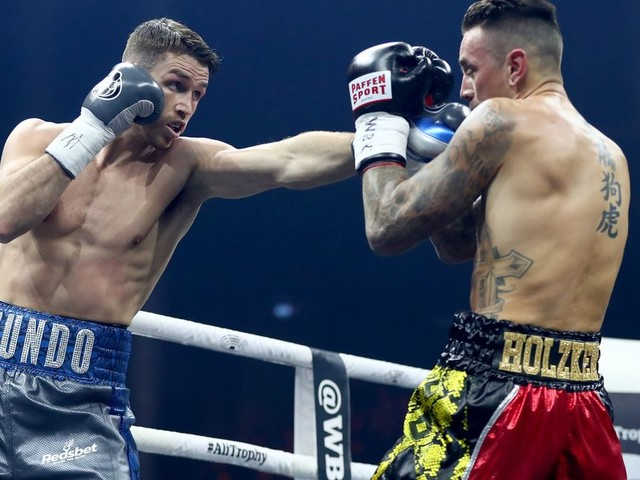 Callum Smith sets up WBSS final with George Groves after outpointing Nieky Holzken