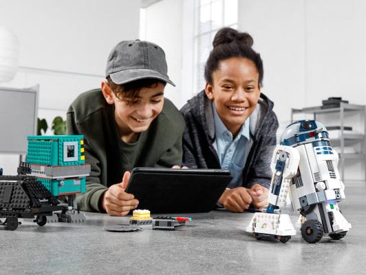Lego introduces a new STEM Star Wars kit