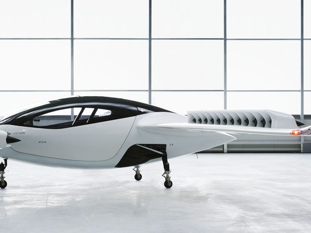 Lilium just sold $1 billion worth of electric flying cars to Brazil's Azul Airlines. The exec who's taking the startup public says the deal is just one step in his plan for global growth.