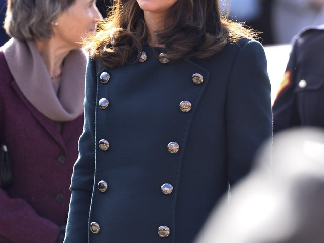 Duchess Kate: You want buttons? I'll give you some motherf—king buttons