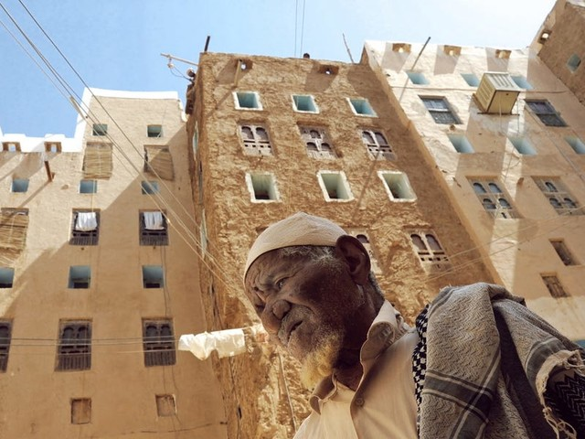 Inside war-torn Yemen's ancient skyscraper city, dubbed the 'Manhattan of the desert,' that's on the brink of ruin