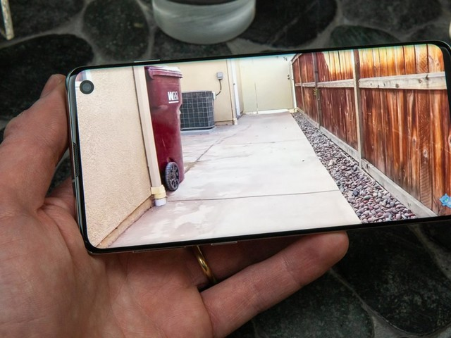 How to rotate a saved video on your Samsung Galaxy S10 with a simple edit