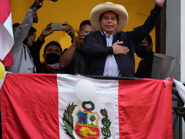 Razor-thin margin as counting nears end in Peru's presidential election