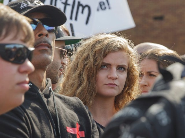 Hundreds of students at Ohio University protested 'gun girl' Kaitlin Bennett's visit and ran her off campus