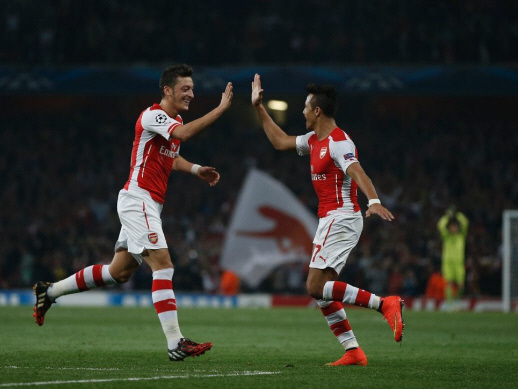 Ozil, Sanchez could leave in January: Wenger