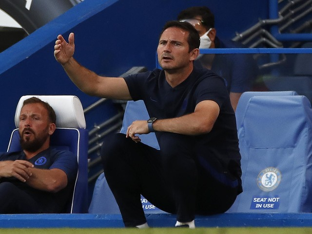 Frank Lampard asks Chelsea squad for cool heads as Champions League race hots up